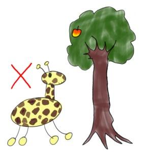 首の短いキリンと高い木